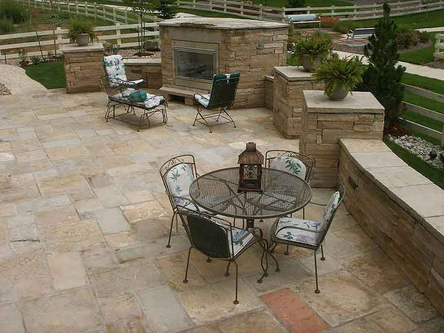 Flagstone-Patio-with-outdoor-Fireplace